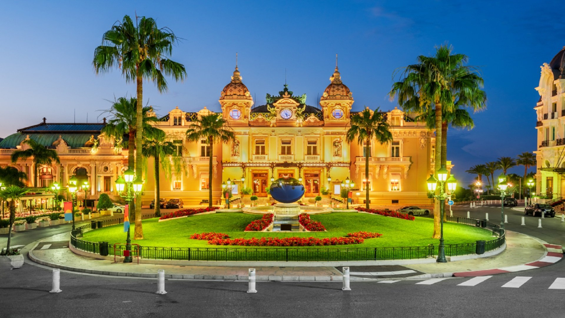 Best Places To Visit In Monaco Monaco Vacation Travel Guide Zen Tripstar Traveling Couple Travel Solo