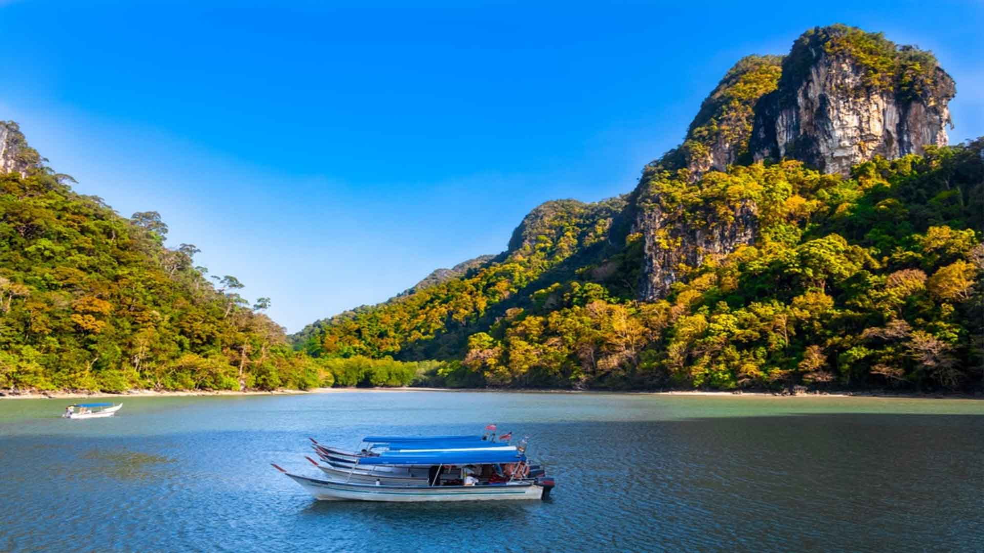 The Ultimate Malaysia Vacation Travel Guide Zen Tripstar Magnificent scenery of the Kilim Geoforest Park in Langkawi Malaysia